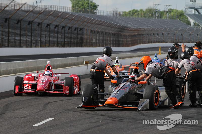 Stefano Coletti, KV Racing Technology, und Scott Dixon, Chip Ganassi Racing, Chevrolet