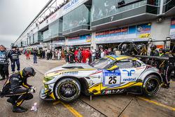Parada en boxes para # 25 Marc VDS Racing BMW Z4 GT3: Maxime Martin, Lucas Luhr, Markus Palttala, Ri