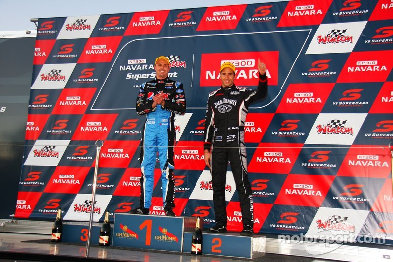 Podium: 1. Chaz Mostert, Prodrive Racing Australia, Ford, und 2. Rick Kelly, Nissan Motorsports