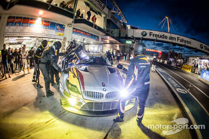 Boxenstopp für #25 Marc VDS Racing, BMW Z4 GT3: Maxime Martin, Lucas Luhr, Markus Palttala, Richard Westbrook