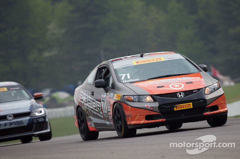 #71 Compass360 Racing Honda Civic Si: Paul Holton