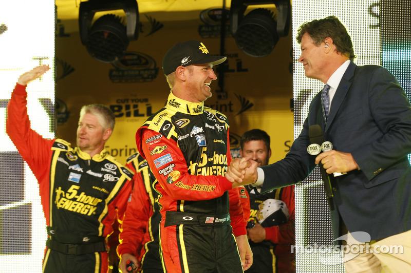 Clint Bowyer, Michael Waltrip Racing, Toyota, mit Michael Waltrip