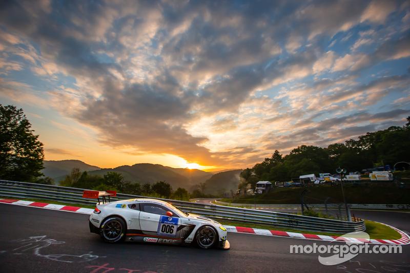 #6 Aston Martin Racing Aston Martin Vantage GT3: Jonathan Adam, Річі Стеневей, Матіас Лауда, Стефан Мюке