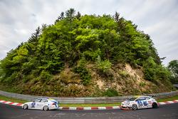 #190 Aesthetic Racing, BMW 325i E90: Heinz-Jürgen Kroner, Petra Baecker und #254 Team Flying Horse,