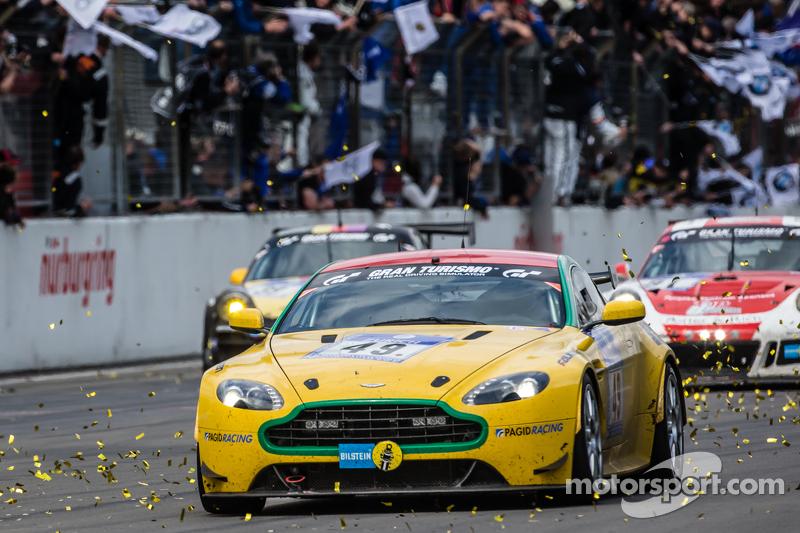 Checkered прапор: #49 Aston Martin Test Centre Aston Martin V8: Ulrich Bez, Andreas Bänzinger, Mal Rose, Peter Leemhius