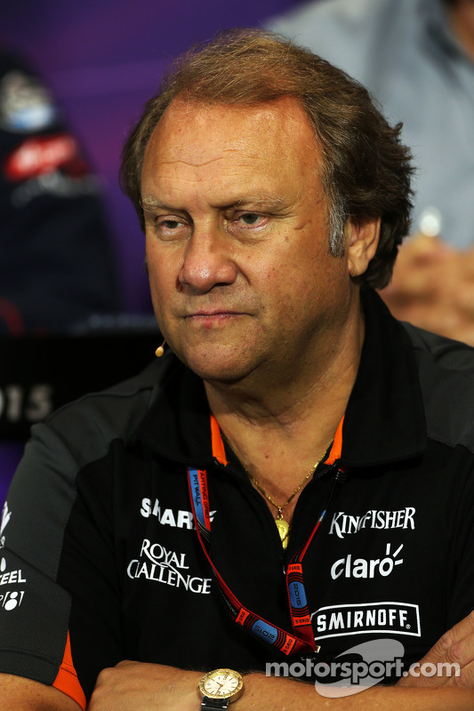 Robert Fernley, Vice Diretor da Sahara Force India F1 Team na Coletiva de Imprensa da FIA