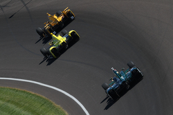 Ryan Hunter-Reay, Andretti Autosport, Honda; Sage Karam, Chip Ganassi Racing, Chevrolet, und Ed Carpenter, CFH Racing, Chevrolet
