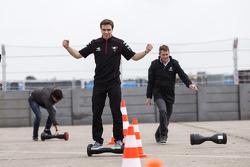 Scott Speed, Andretti Autosport, Jérôme d'Ambrosio, Dragon Racing mencoba format baru transportasi