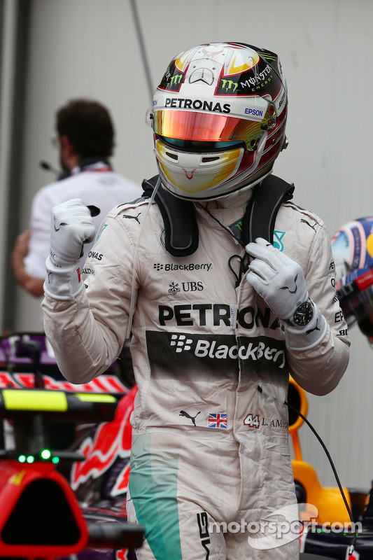 Pole for Lewis Hamilton, Mercedes AMG F2