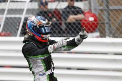 Переможець: Річі Стеневей, Status Grand Prix
