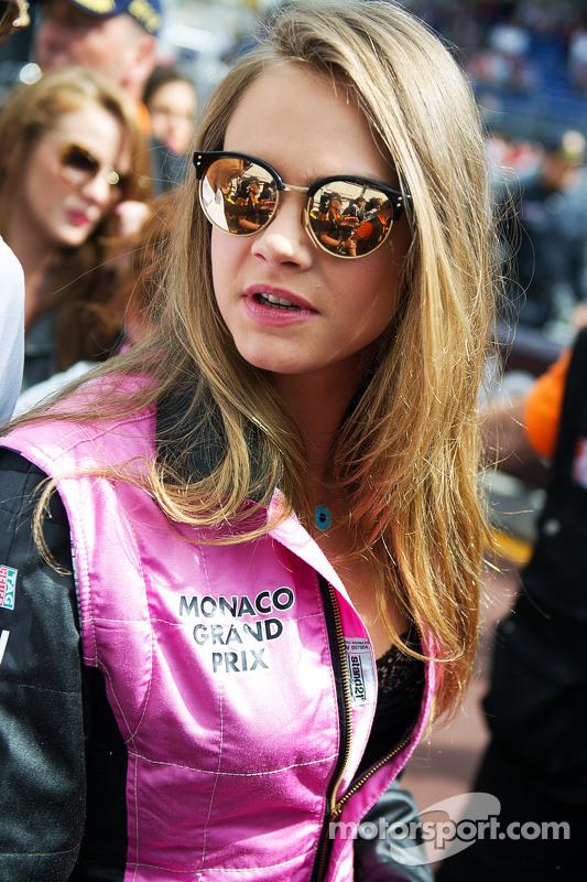 Cara Delevingne, Top Model