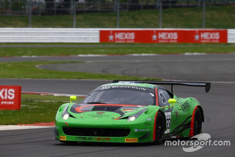 #333 Rinaldi Racing, Ferrari 458 Italia: Marco Seefried, Norbert Siedler, Rinat Salikhov