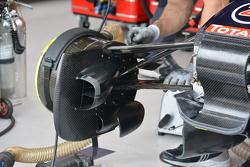 Detail suspensi depan Red Bull RB11
