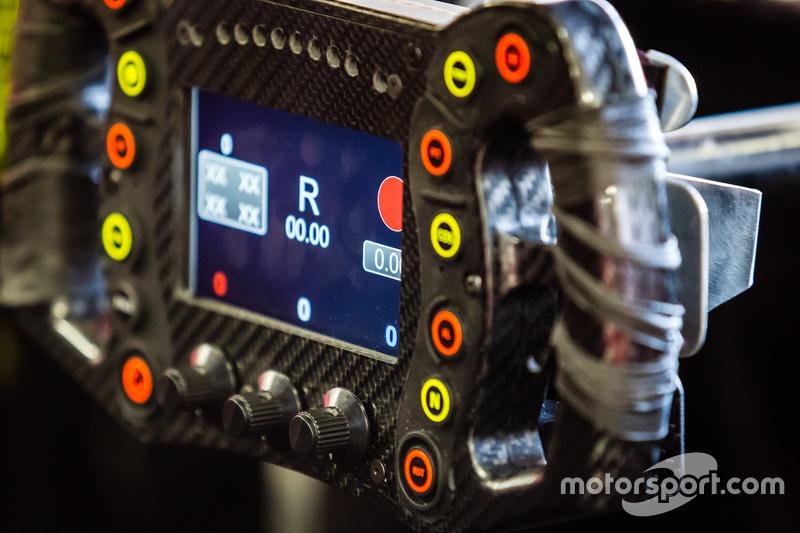 #22 Nissan Motorsports, Nissan GT-R LM NISMO, Lenkrad