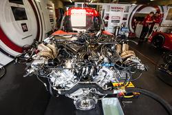 Nissan Motorsports Nissan GT-R LM NISMO, motore