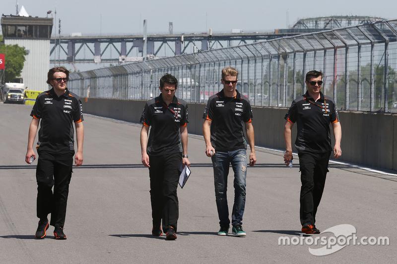 Nico Hülkenberg, Sahara Force India F1, beim Trackwalk