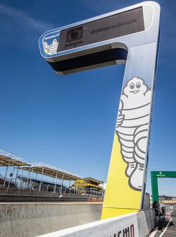 Michelin scoring tower