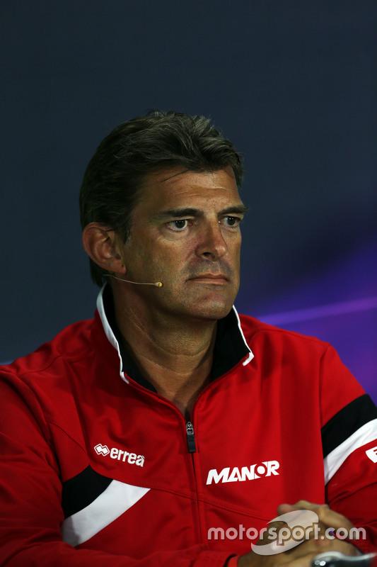 Graeme Lowdon, Geschäftsführer Manor F1 Team, in der FIA-Pressekonferenz