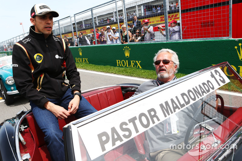Pastor Maldonado, Lotus F1 Team on the drivers parade