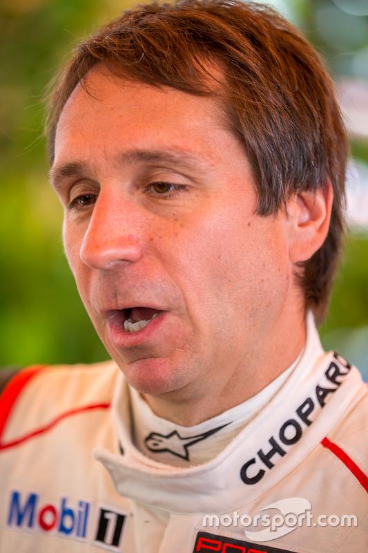 #92 Porsche Team Manthey, Porsche 911 RSR: Wolf Henzler