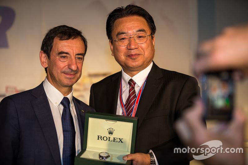Yoshiaki Kinoshita, 1. Spirit of Le Mans, und Pierre Fillon, ACO-Präsident