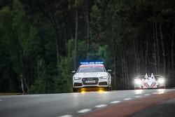 Safety-Car auf der Strecke
