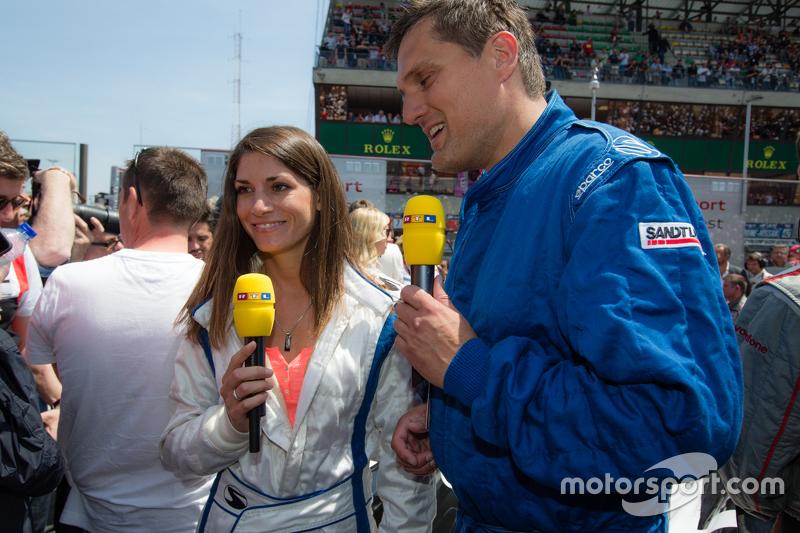 RTL-Reporter und Rennfahrerin Cyndie Allemann