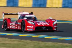 #22 Nissan Motorsports Nissan GT-R LM NISMO: Гаррі Тінкнелл, Алекс Банкомб, Майкл Крумм