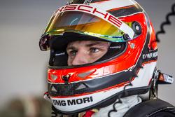 #19 Porsche Team Porsche 919 Hybrid : Nico Hulkenberg