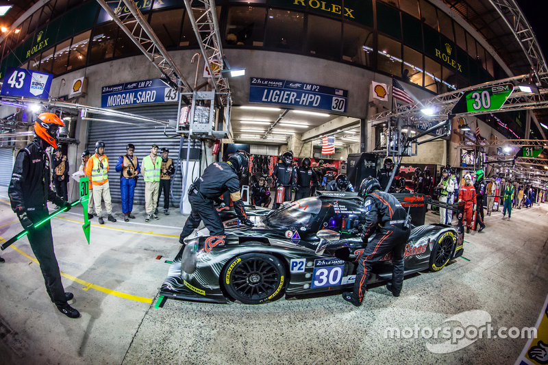 Pit stop for #30 Extreme Speed Motorsports Ligier JS P2: Scott Sharp, David Heinemeier Hansson, Ryan Dalziel