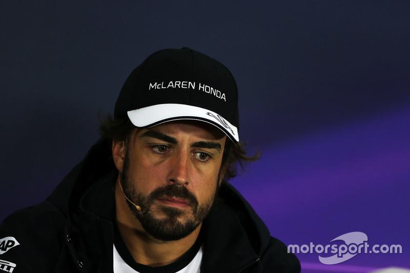 Fernando Alonso, McLaren, in der FIA-Pressekonferenz