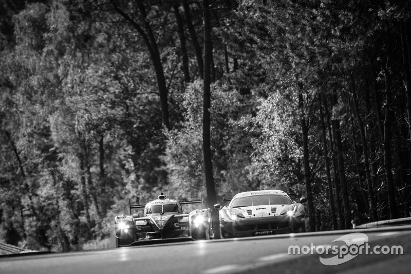 #42 Strakka Racing Strakka-Dome S103: Nick Leventis, Jonny Kane, Danny Watts, #55 AF Corse Ferrari 458 GTE: Duncan Cameron, Matt Griffin, Alexander Mortimer