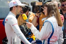 #18 Porsche Team Porsche 919 Hybrid: Neel Jani interviewed by Cyndie Allemann
