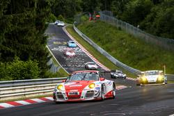 #30 Frikadelli Racing Team, Porsche GT3 R: Klaus Abbelen, Patrick Huisman, Sabine Schmitz