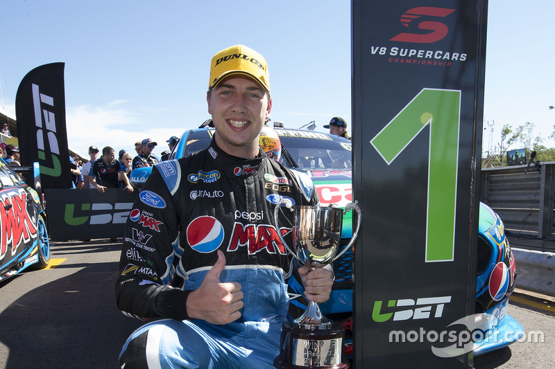 Juara balapan Chaz Mostert, Prodrive Racing Australia Ford