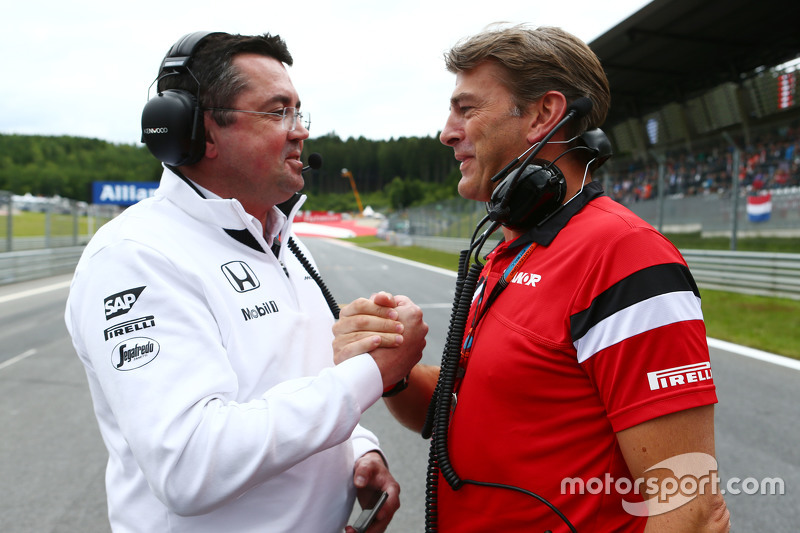 Eric Boullier, McLaren Racing Director with Graeme Lowdon, Manor F1 Team Chief Executive Officer