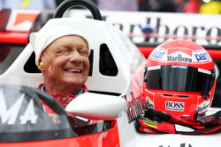 Niki Lauda, Mercedes Non-Executive Chairman di McLaren MP4/2 di Legends Parade