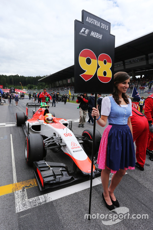 Grid girl for Roberto Merhi, Manor F1 Team