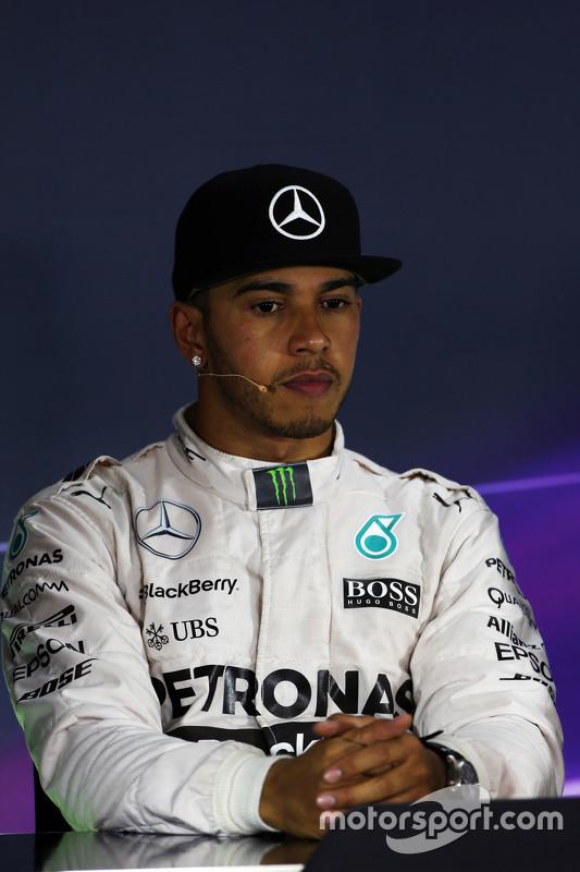 Lewis Hamilton, Mercedes AMG F1 na coletiva de imprensa da FIA