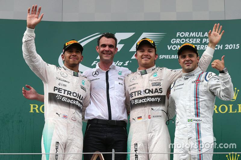 Podium: race winner Nico Rosberg, second place Lewis Hamilton, third place Felipe Massa