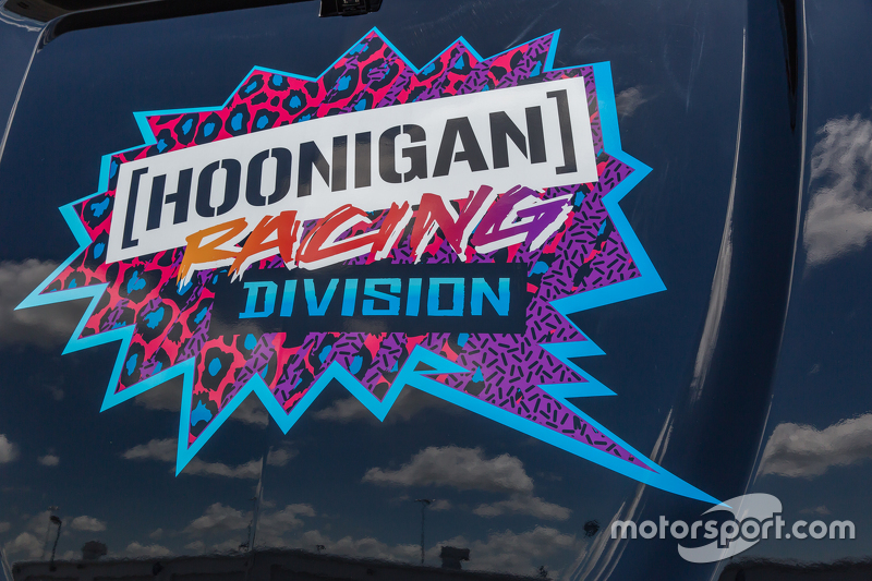 Hoonigan detail