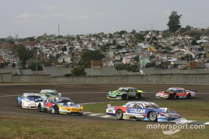 Matias Rodriguez, UR Racing, Dodge; Luis Jose di Palma, Indecar Racing, Torino, und Federico Alonso, Taco Competicion, Torino