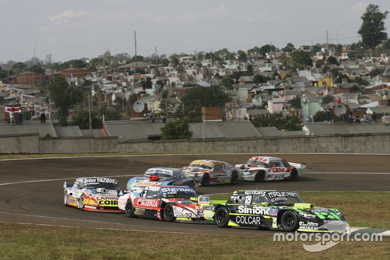 Mauro Giallombardo, Maquin Parts Racing Ford ve Guillermo Ortelli, JP Racing Chevrolet ve Lionel Uga