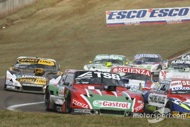 Jose Manuel Urcera, JP Racing Torino and Leonel Pernia, Las Toscas Racing Chevrolet and Matias Jalaf