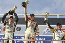 Podium: race winner Mariano Werner, Werner Competicion Ford, second place Juan Pablo Gianini, JPG Ra
