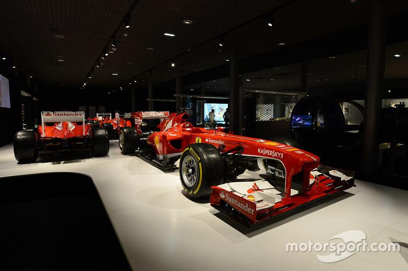 Das Fernando-Alonso-Museum mit Kartbahn