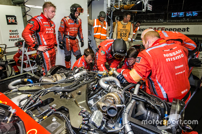 Nissan Motorsports team members at work