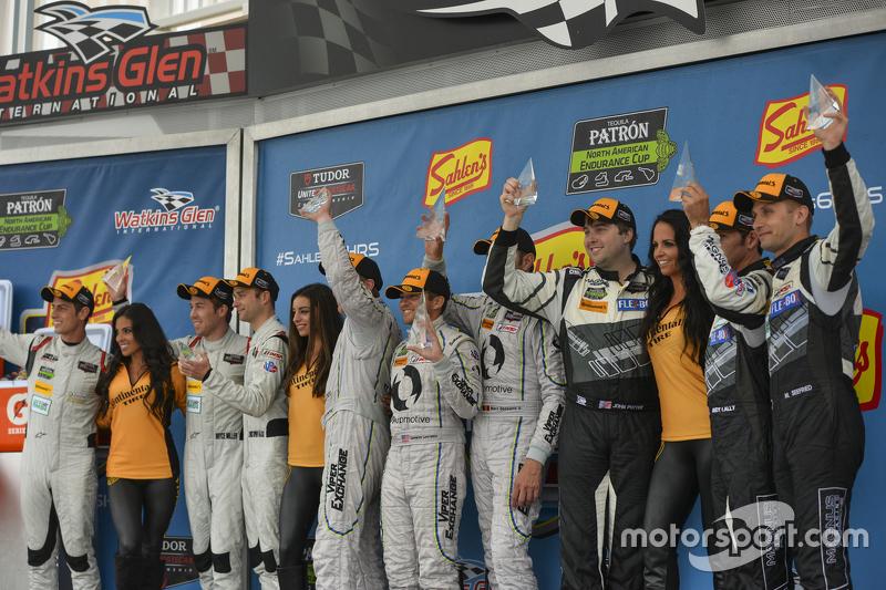 GTD-Podium: 1. #93 Riley Motorsports, Dodge Viper SRT: Al Carter, Cameron Lawrence, Marc Goossens; 2