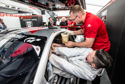 #28 Audi Sport Team WRT Audi R8 LMS: Christopher Mies seat fitting