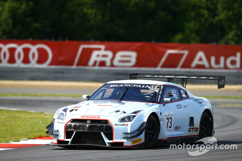 #73 MRS GT Racing Nissan GT-R Nismo GT3: Sean Walkinshaw, Craig Dolby